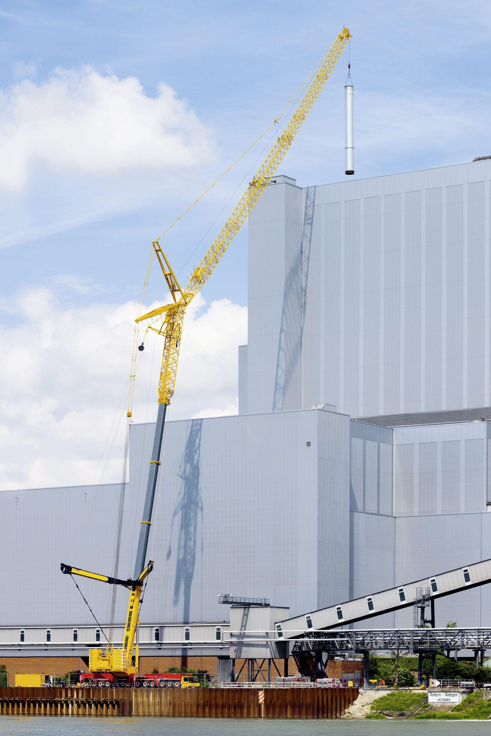 Mobilkranen som klarar av att lyfta upp till 800 ton.